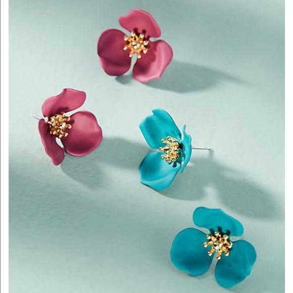 b388b1d9bf36 Anthropologie 🌸 Dogwood Floral Post Earring Set